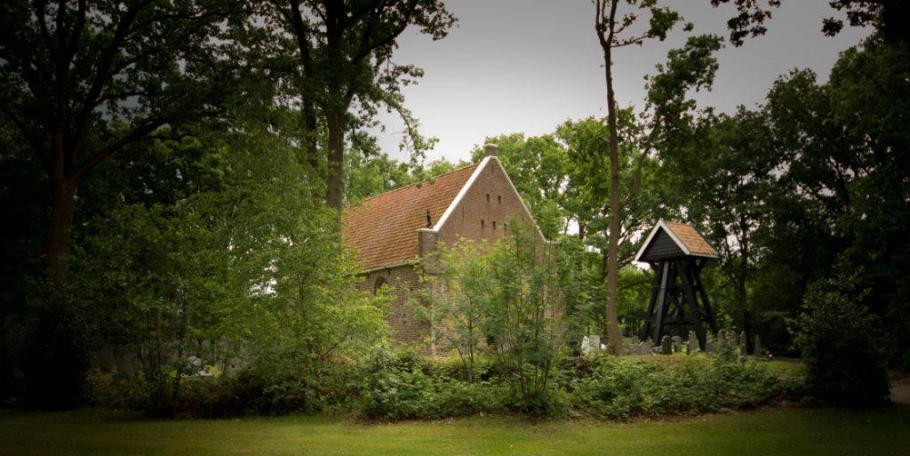 Pure uitvaart kerkje Schoterhof